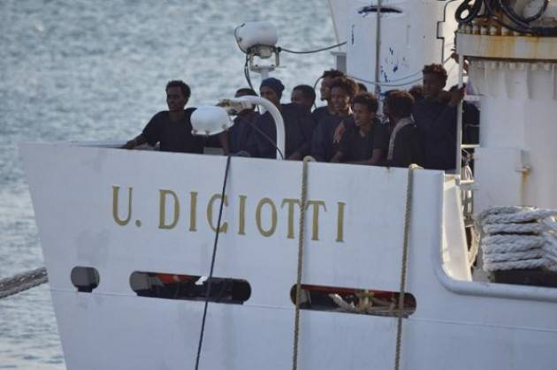 Situazione della nave Diciotti: 'le persone si soccorrono e si accolgono'