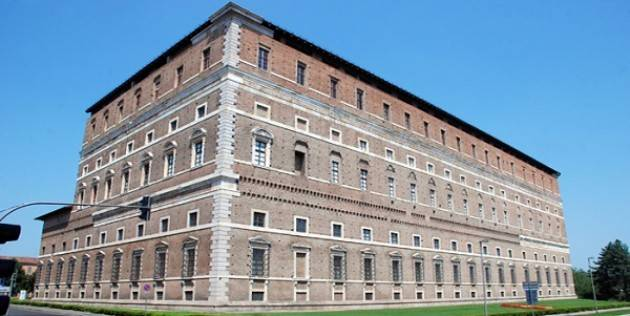 Piacenza: Guida di Palazzo Farnese per un giorno!