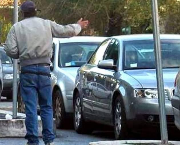 Piacenza: fermato un parcheggiatore abusivo dalla Polizia Municipale