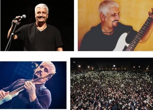 AccaddeOggi   #19settembre  1981  Pino Daniele tiene un grande concerto con 200mila persone a Napoli