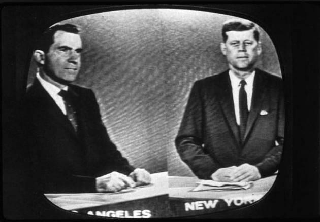 AccaddeOggi   #26settembre 1960 – A Chicago si svolge il dibattito TV  tra candidati alla presidenza Nixon e  Kennedy