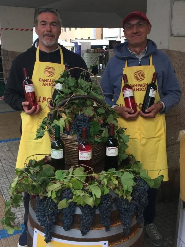 Grande successo per zucche e uva, regine del mercato di Campagna Amica a Crema
