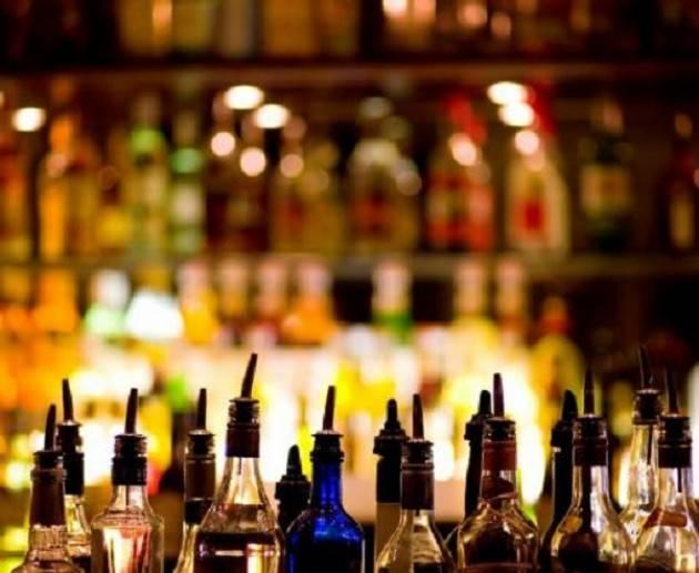 Cremona: allarme alcolismo giovanile, intossicazione etilica per un tredicenne