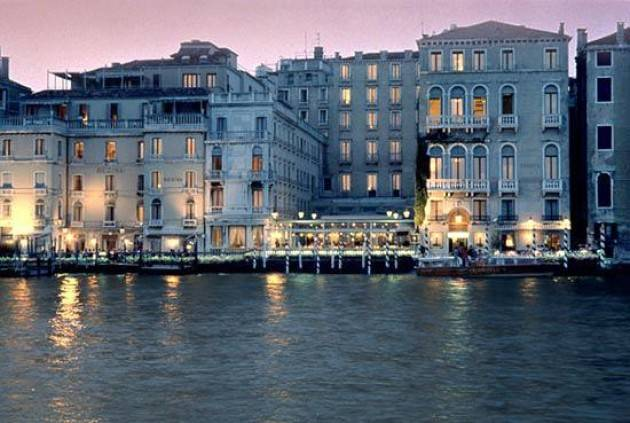 AccaddeOggi   #19ottobre 1866 – A Venezia , il Veneto viene ceduto dall'Austria alla Francia che subito lo cede all'Italia