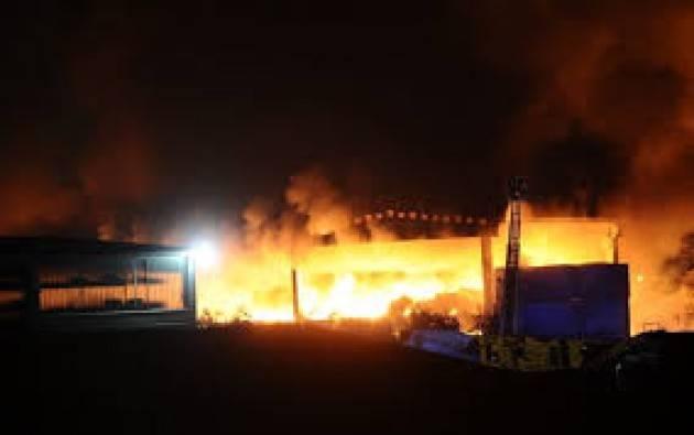Lega Ambiente Cremona sull'incendio della piattaforma rifiuti di San Rocco