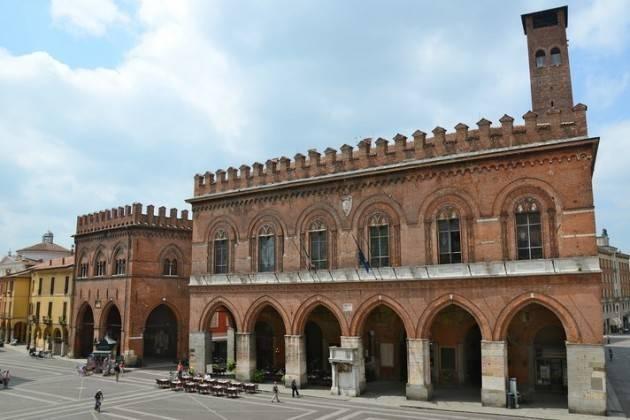 Cremona I premiati per la 'Giornata dei lavoratori anziani' del Comune
