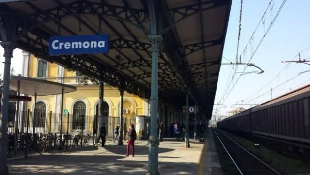 Non perdiamo l'ultimo treno Tutti al presidio davanti al Pirellone il 13 novembre