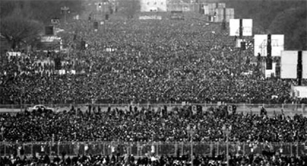 AccaddeOggi   #15novembre 1969-Marcia di protesta su Washington, la quarta contro la Guerra del Vietnam