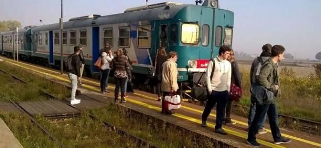 Casalmaggiore: 30 persone giù dal treno nonostante le lamentele degli scorsi giorni