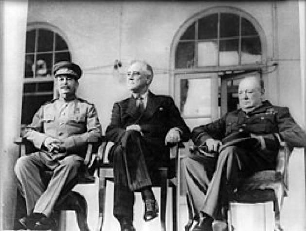 AccaddeOggi    #30novembre 1943: Stalin, Roosevelt e Churchill alla conferenza di Teheran