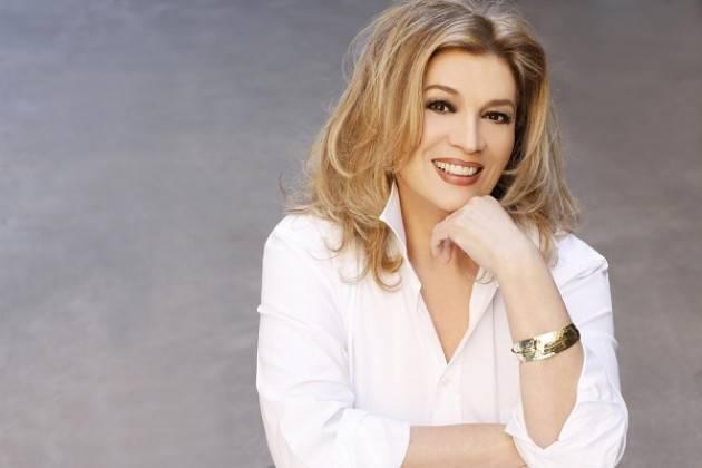 La Dipende s.r.l annulla il concerto di Iva Zanicchi al Ponchielli