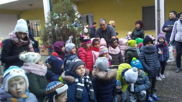 Cremona: pomeriggio di festa al Quartiere 5, posizionati gli addobbi natalizi