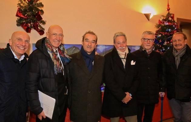 Cremona La Santa Lucia del Trait d' Union insieme ai bambini delle case famiglia