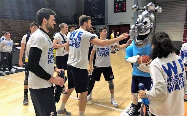 Cremona Padania Acque, Vanoli Basket e Pepo Team insieme per far vincere l'acqua del rubinetto
