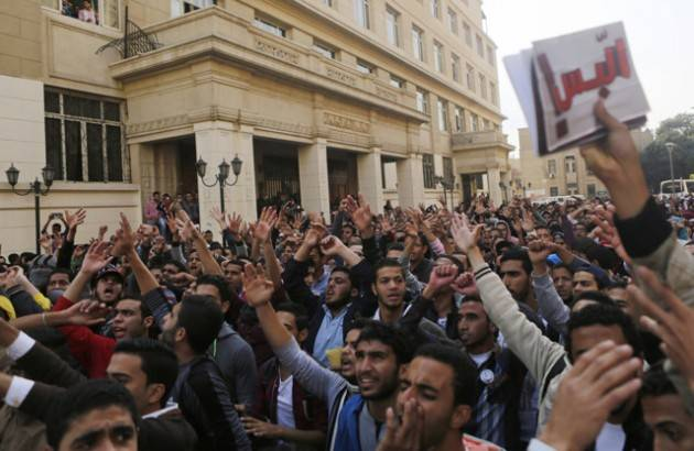 Amnesty EGITTO, ASSOLTI 43 OPERATORI DI ONG GIÀ CONDANNATI