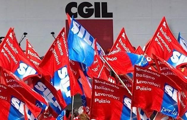 Manovra finanziaria Silp-Cgil , tagliate le pensioni dei poliziotti