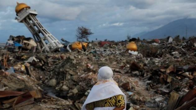 AISE UNICEF: SALGONO A 22 MILA GLI SFOLLATI PER LO TSUNAMI IN INDONESIA