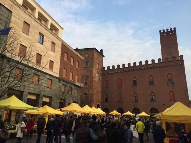 Cremona: Campagna Amica domenica 13 gennaio in piazza Stradivari