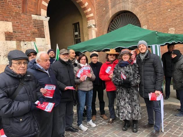Cremona  Luca Burgazzi : 'Il PD in piazza a contestare la manovra del governo Giallo-Verde'