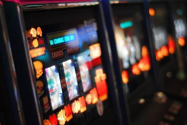 Gussola: dichiarazione di guerra alle slot e all'azzardo, sconti Tari per chi rinuncia