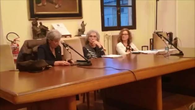 A Cremona Chiara Saraceno  fa il punto  sui temi della povertà. (Video di Chiara Peli)