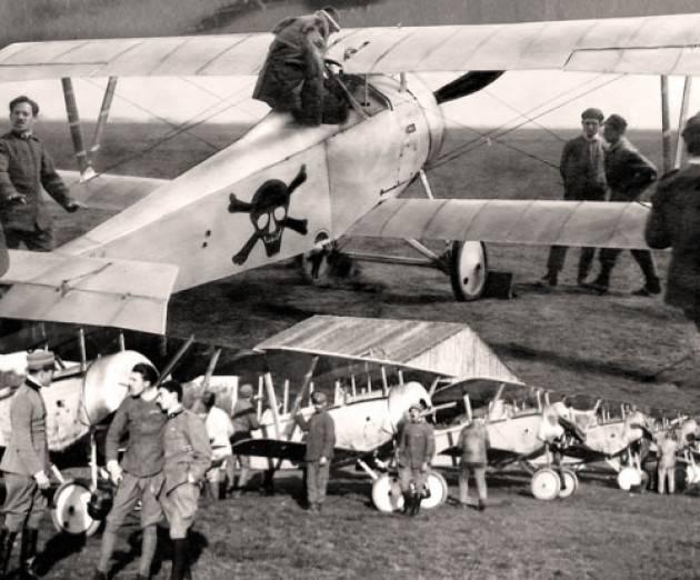 Al via a Trieste una mostra fotografica dedicata alle origini dell'Aviazione da Caccia italiana di Christian Flammia