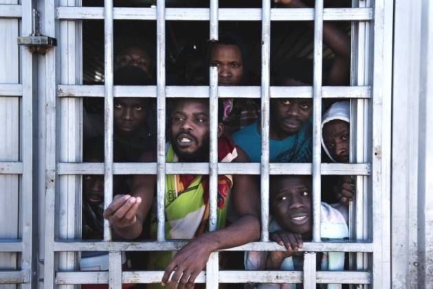 (Video) Pianeta Migranti. Italia responsabile dell' 'inferno senza scampo' in Libia.
