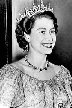 AccaddeOggi  6 febbraio 1952 – Elisabetta II diventa regina alla morte del padre Giorgio VI del Regno Unito