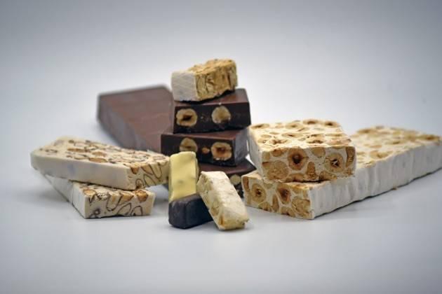 A FICO Eataly World il primo 'Salone del Torrone': il dolce friabile e morbido che racconta l'Italia