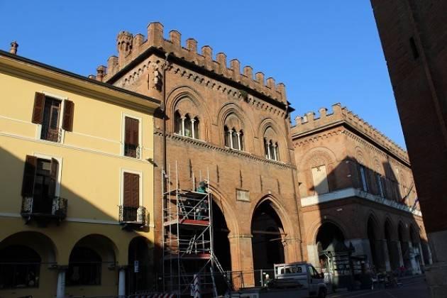Cremona: Intervento di manutenzione alla Loggia dei Militi di piazza del Comune