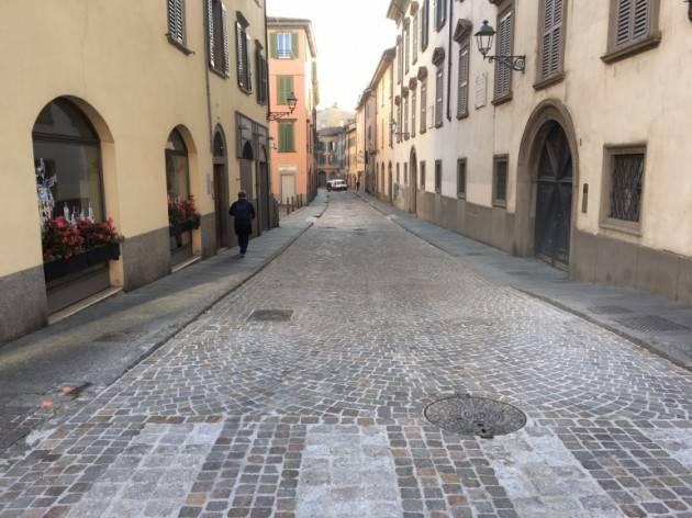 Bergamo Via Borgo Palazzo alta, arriva la ZTL notturna richiesta dai residenti