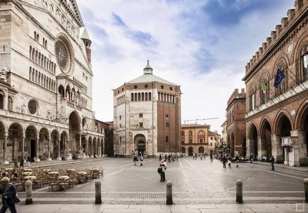 Il ringraziamento del sindaco Galimberti per l'ingente lascito (200mila euro) al Comune di Cremona da parte di Petronilla Manessi