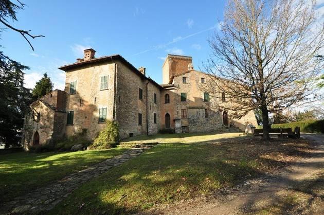 Ruino (Pavia) GLI SPUMANTI DEL  CASTELLO DAL VERME Evento del 12 maggio 2019