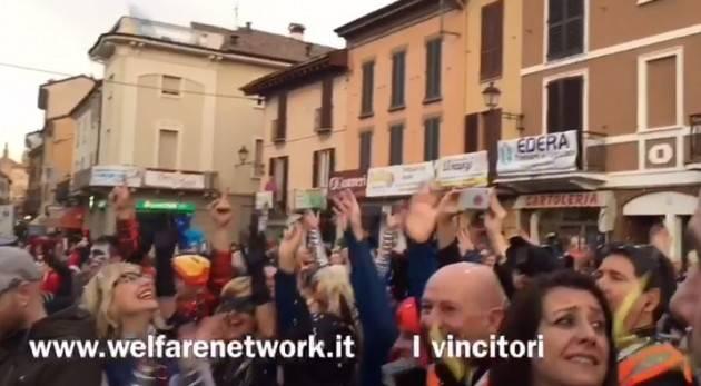 A Crema Per carnevale ogni scherzo vale, vince il carro 'I Barabet' (Video di Emanuele Mandelli)