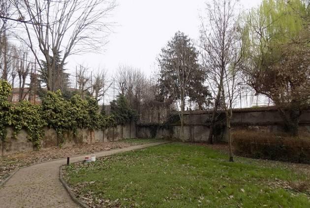 Fondazione Città di Cremona 'OLTRE IL GIARDINO' AVVIO LAVORI DI RIPRISTINO DELL' AREA VERDE DI VIA XI FEBBRAIO, 60