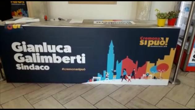 (Video) Gianluca Galimberti, candidato sindaco, entusiasma i sui sostenitori all'inaugurazione della sede 'Cremona si può'