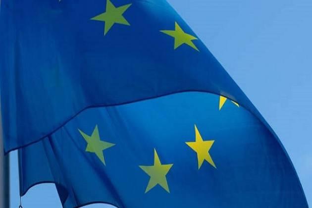 'Il 21 marzo esponiamo le bandiere dell'Europa a balconi e finestre delle nostre case'