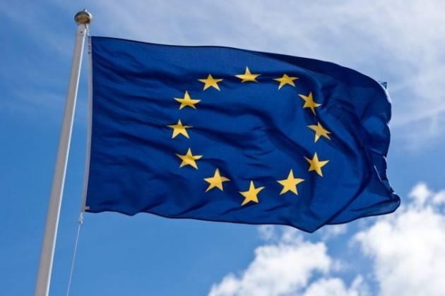 Francesco Ghelfi (Art.Uno-MDP) Anche a Cremona esponiamo il 21 marzo le bandiere d'Europa