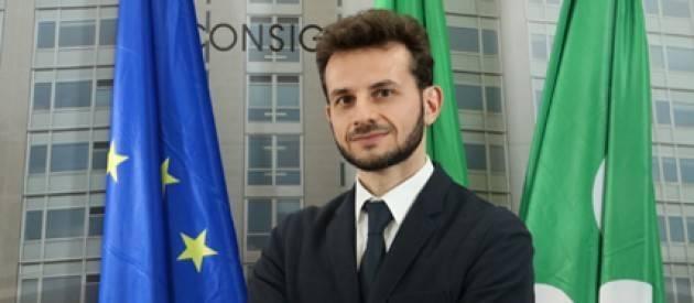 Autobus dirottato. Marco Degli Angeli (M5S Lombardia) propone i ragazzi di Crema per Premio Rosa Camuna.