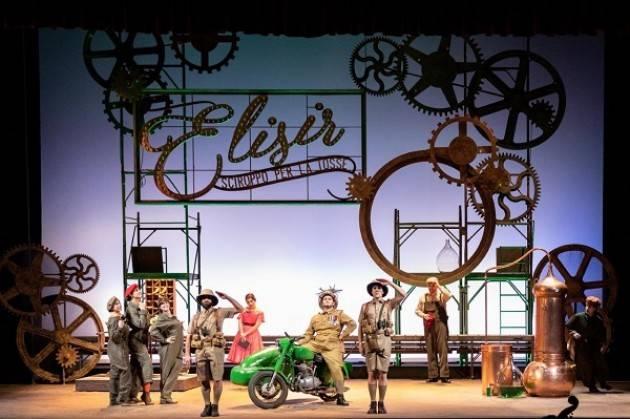 L'elisir d'amore in scena il 4,5,6 aprile al Teatro Ponchielli