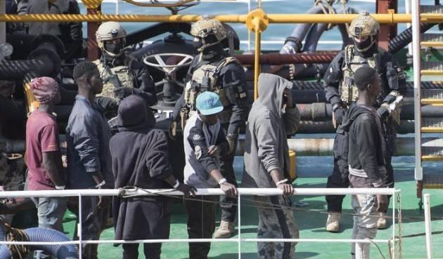 Pianeta Migranti. L'assurdo dei 'migranti pirati'
