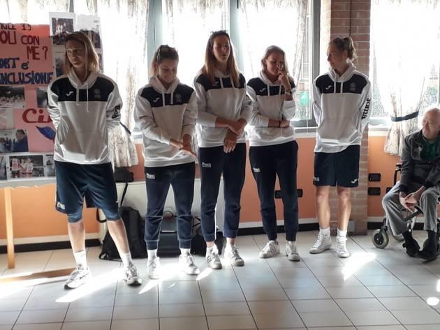 (Video) Pallavoli con me? La Pomi  porta entusiasmo  alla Fondazione Germani di Cingia dè Botti