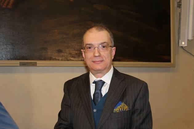 Cremona Una pubblicazione per meglio comprendere il valore civico dell'azione di Gino Ruggeri.