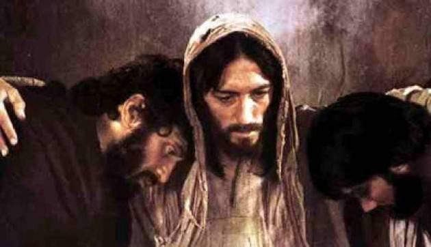 Pasqua2019 ' Cristo diventa il punto di riferimento di una 'rivoluzione' che abbraccia  i destini degli uomini.
