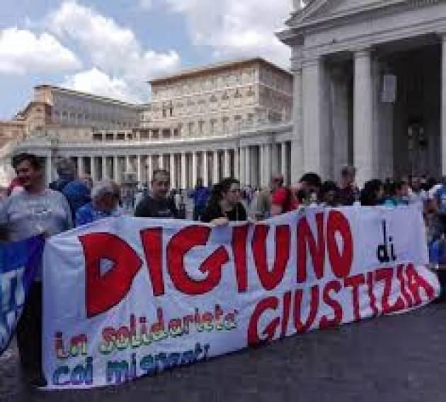 Pianeta Migranti. Digiuno di solidarietà davanti a Montecitorio.