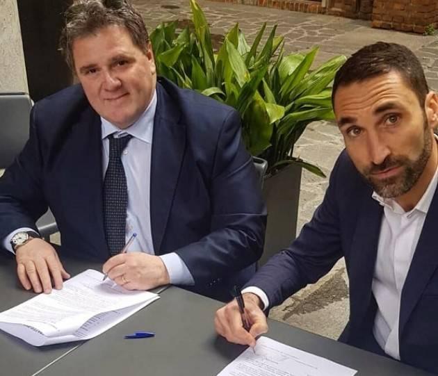 Sindaco2019 Cremona Ci siamo: Malvezzi firma il contratto della Lega ed il centrodestra è pronto per sconfiggere Galimberti.