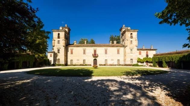 Casteldidone (Cr) Castello Mina Della Scala aperto a Pasquetta, 25, 28 aprile e 1 maggio alle ore  15,16 e 17.