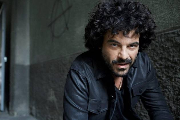 Francesco Renga in concerto al Teatro Ponchielli