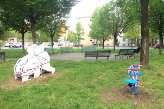 Il Sindaco Galimberti annuncia l'arrivo di nuovi giochi nei parchi della città