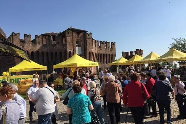 Il mercato di Campagna Amica alla Rocca Sforzesca di Soncino domenica 12 maggio